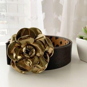 Betsey Johnson • Metal Flower Brown Belt Sz S